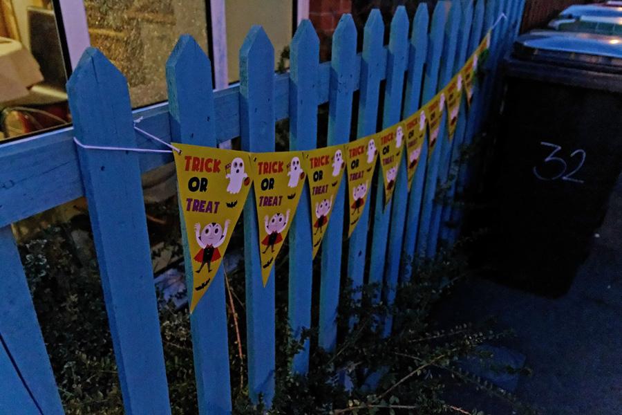 Bandeirinhas na cerca
