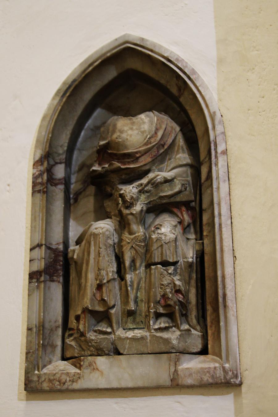 Estátua danificada na Reforma