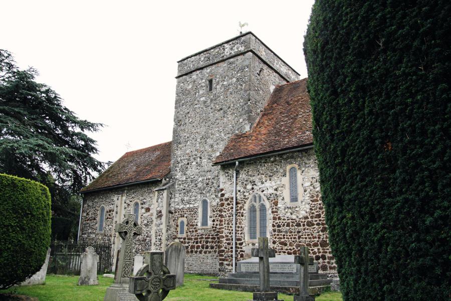 Fachada norte da igreja St Laurence