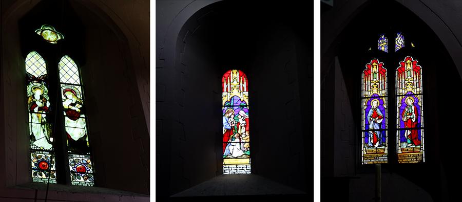 Os vitrais foram adicionados na restauração do século XIX