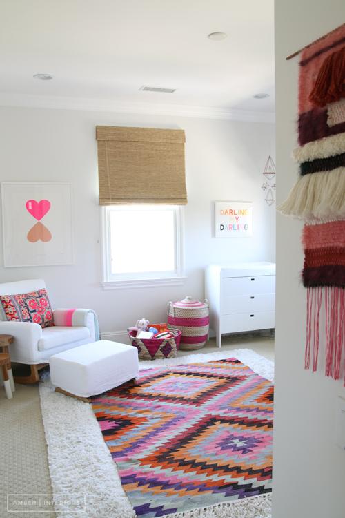 quartos de bebê rosa amber interiors