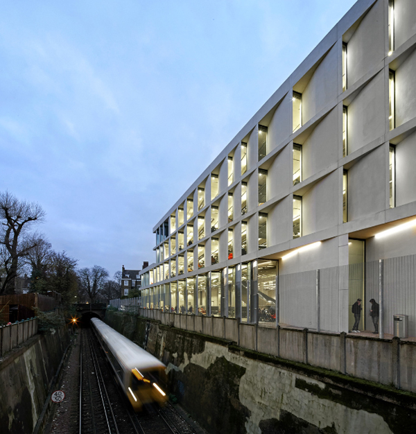 05_Stirling Prize University of Greenwich