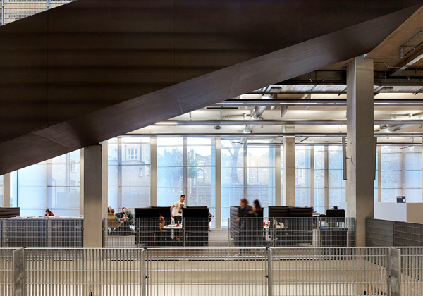 09_Stirling Prize University of Greenwich