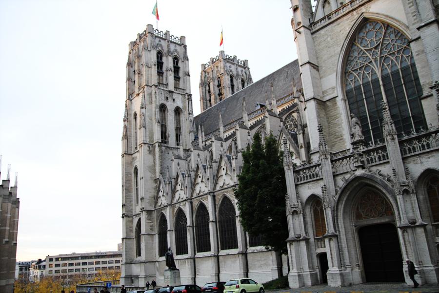 Roteiro Arquitetura Bruxelas Catedral St Michel e Gudule 04